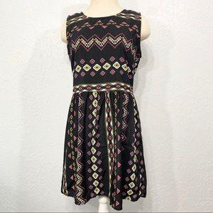 Bebop Black Geometric Casual Fit Flare Dress SZ L